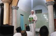 KH. Hisyam Syafa'at Ijazahi Santri Untuk Puasa Daud