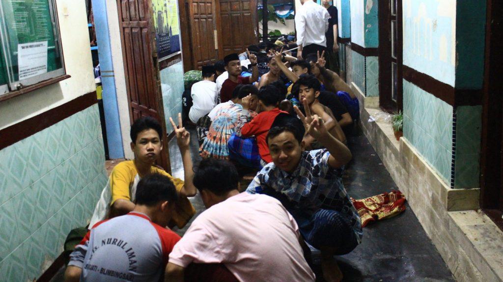 Siapkan 1.700 Porsi untuk Menjamu Santri Blokagung