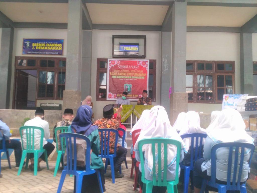 32 siswa SMKD Hadiri Peresmian Laboratorium Baru